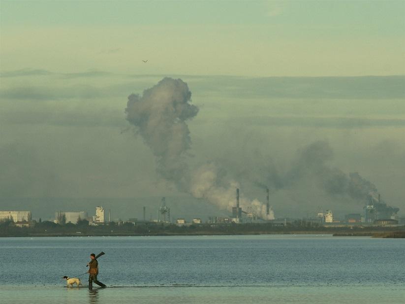 Industries d'hier et d'aujourd'hui, contamination à haut risque pour la Méditerranée