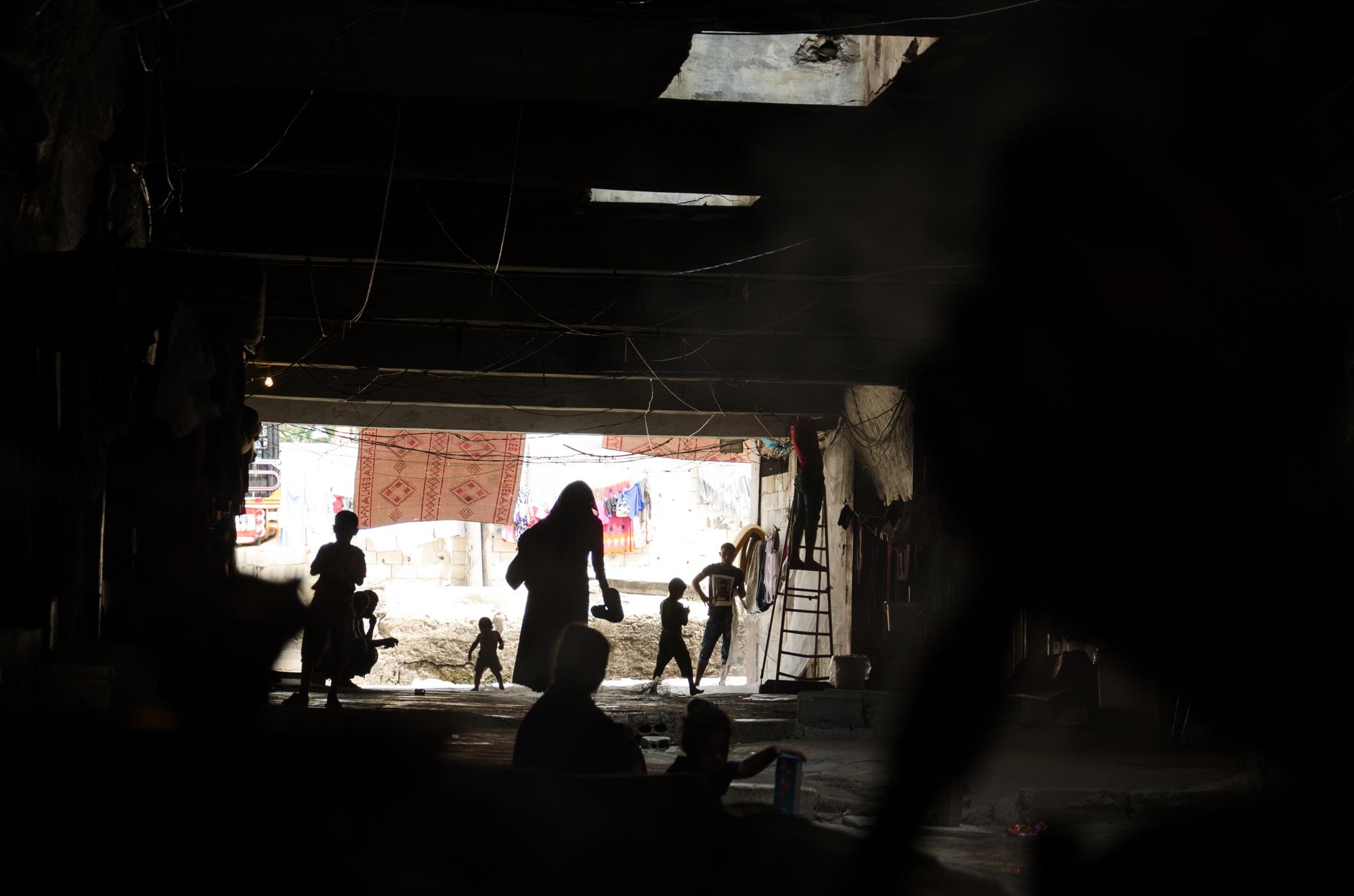 Au Liban, l'école de la rue des ados syriens