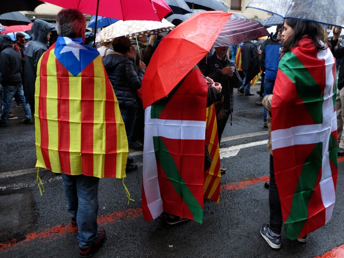 Les Basques face à l'indépendantisme catalan