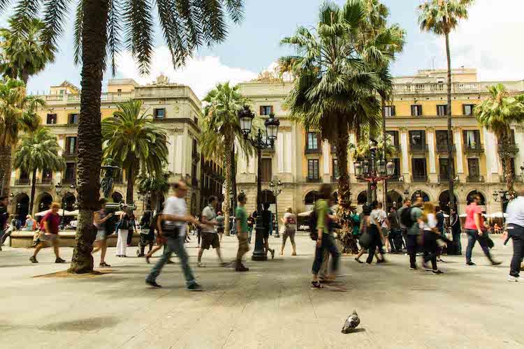 Tourisme de masse et gentrification, Barcelone dans l'impasse
