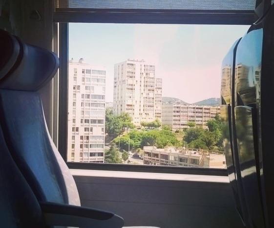 A Marseille, des quartiers Nord oubliés et isolés