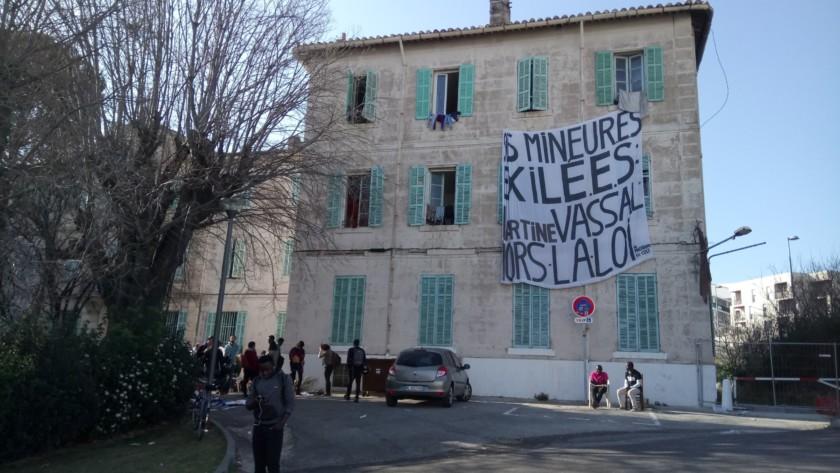 A Marseille, mineurs isolés en danger