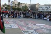Le 17 janvier 2020, à Martyrs square à Tripoli, des portraits des «ennemis de Tripoli» sont affichés lors de la manifestation contre le maréchal Haftar. Mathieu Galtier.